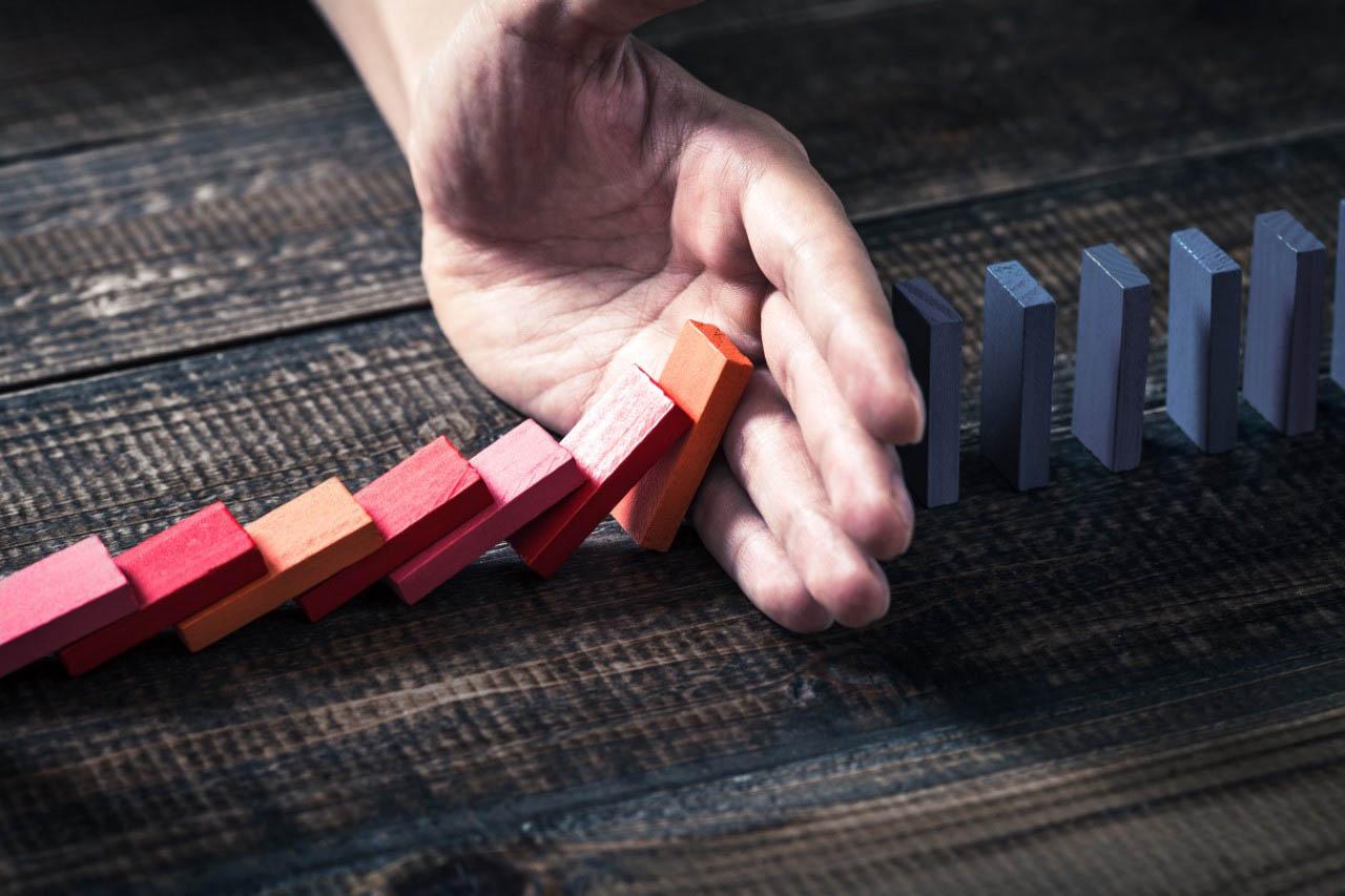 slide-svz-domino